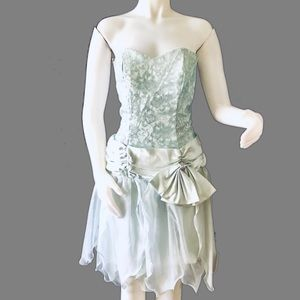 VTG. 80s Ice Blue Strapless Party Prom Dress S/M